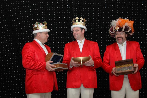 backstage-orquestramaravella04230F4CA0-791B-4DB0-346E-AB916111CA01.jpg