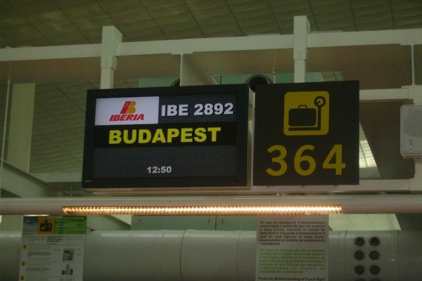 orquestra-maravella-budapest2179007517-E104-3D30-772D-6CDCC13ECB0A.jpg